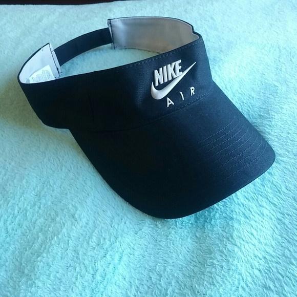 9b4495c1027 ... Unisex Hat Rubber Swoosh Nike logo. M 5ada042536b9de9b399b20c6